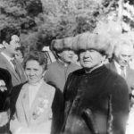 Ашыраалы Айталиев, актриса Сабира Күмүшалиева жана Тууганбай Абдиев