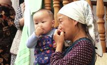 Житель села Кара-Бак Баткенского района Турдубай Саттаров погиб в ходе конфликта у водораздела Головной. У него остались три дочери и сын. Дети пока не знают, что отец погиб, — им сказали, что он уехал на заработки.