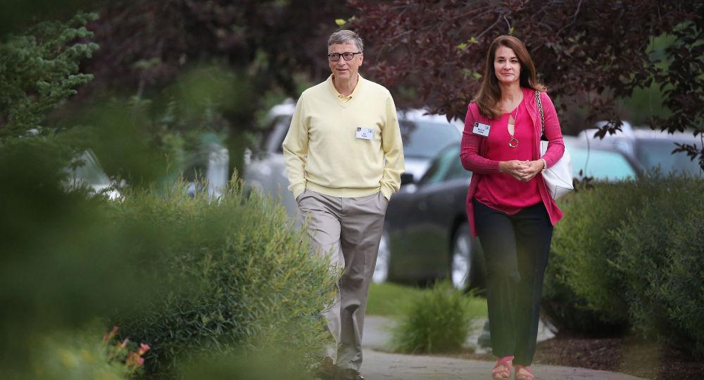Миллиардер Билл Гейтс и его жена Мелинда Гейтс. Архивное фото