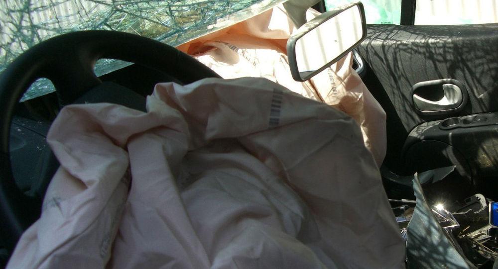 Автомобиль поврежденный в ДТП. Иллюстративное фото