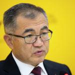 Заместитель председателя кабинета министров, министр экономики и финансов КР Улукбек Кармышков рассказал о выплате компенсаций пострадавшим в результате конфликта на кыргызско-таджикской госгранице