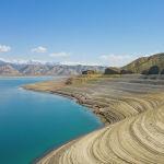 Уровень воды в Токтогульском водохранилище в этом году сильно упал