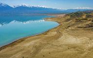 Вид с дрона на Токтогульское водохранилище. Архивное фото