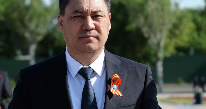 Президент Кыргызской Республики Садыр Жапаров на площади Победы города Бишкек принял участие в митинге-реквием по случаю 76-й годовщины Победы в Великой Отечественной войне. 9 Мая 2021 года
