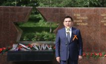 Мэр Оша Таалайбек Сарыбашов на праздничном мероприятии, приуроченных к 76-летию Победы в Великой Отечествен
