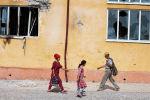 Жители села Максат Лейлекского района