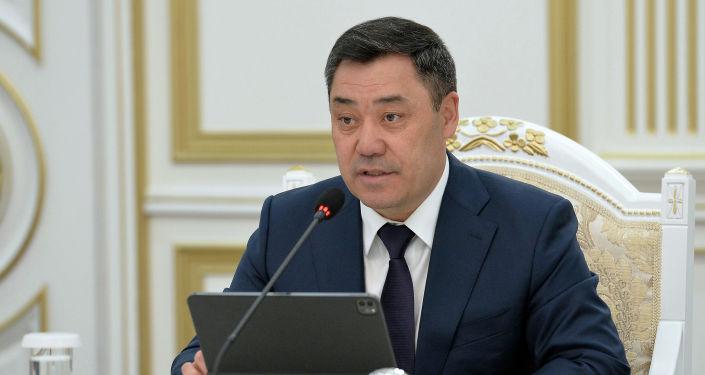 Президент Кыргызстана Садыр Жапаров во время встерчи с вице-президентом Всемирного банка по региону Европы и Центральной Азии Анной Бьерде