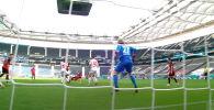 Германия чемпионатынын 32-турунун алкагында Айнтрахт өз үйүндө Майнц клубун кабыл алган. Беттеш 1:1 тең эсеп менен аяктаган.