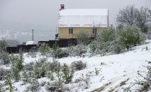 Весенний снег. Архивное фото