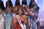 Мисс Мексика Андреа Меза коронована на сцене конкурса Мисс Вселенная 2021