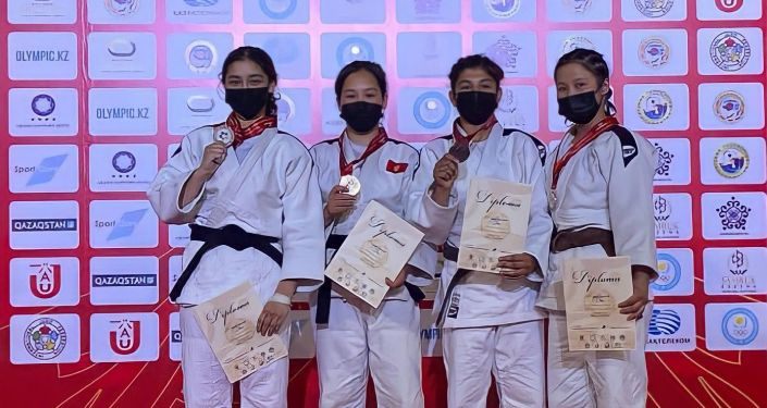 Церемония награждение победителей Кубка Азии по дзюдо среди юниоров и кадетов в городе Алматы