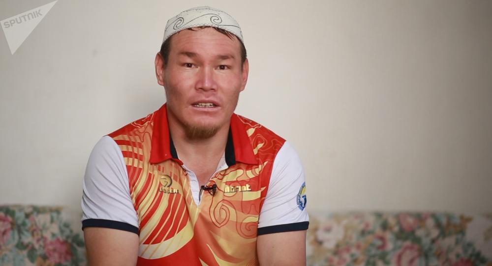 Паралимпиец из КР завоевал золотую и бронзовую медали на турнире в Турции