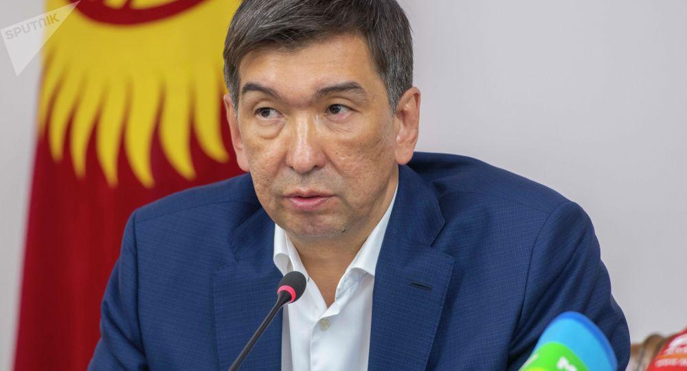 Бывший мэр Бишкека Азиз Суракматов. Архивное фото