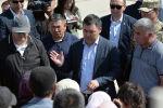 Президент КР Садыр Жапаров в рамках рабочей поездки в Баткенскую область посетил село Максат Лейлекского района. 27 мая 2021 года
