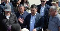 Президент Садыр Жапаров в рамках рабочей поездки в Баткенскую область посетил село Максат Лейлекского района