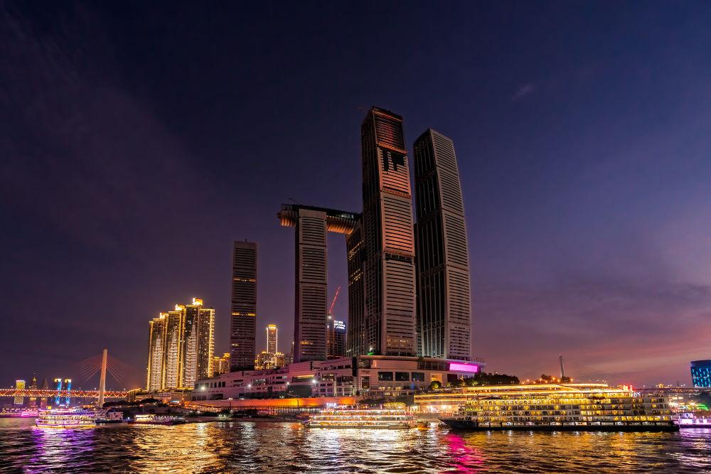 Здание Raffles City Chongqing  в Китае
