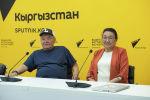 Орозбек Кутманалиевдин уул-кызы Акматбек Орозбеков жана Динара Кутманалиева