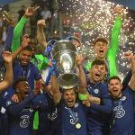 Игроки Челси празднуют победу над Манчестер Сити в финале Лиги чемпионов в Порту, Португалия. 29 мая 2021 года