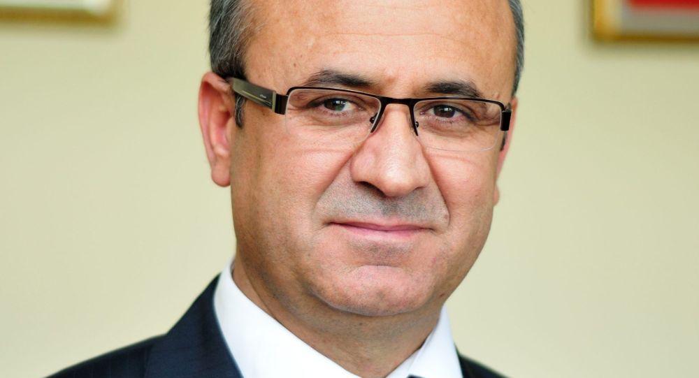 """Президент Международного образовательного учреждения """"Сапат"""" Орхан Инанды"""