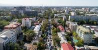 Автомобильная пробка на одной из улиц Бишкека. Архивное фото