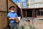 Милиция кызматкерлеринин Орхан Инандыды издөө иштери. Архивдик сүрөт