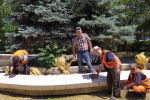 Сотрудники МП Тазалык привели в порядок сквер возле Дома Торговли