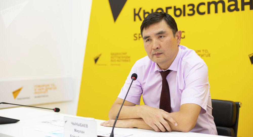 Кыргыз мамлекеттик техниккалык университетинин ректору Мирлан Чыныбаев