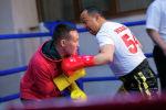 Sputnik Кыргызстан запустил новый проект Разговор на кулаках — это интервью во время боксерского поединка. Первым мы пригласили легендарного боксера Орзубека Назарова. Здесь собраны наиболее яркие моменты.