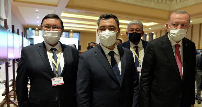 Президент Садыр Жапаров и президент Турции Реджеп Тайип Эрдоган совместно открыли фотовыставку в Анкаре, посвященную 30-летию Независимости Кыргызской Республики. 09 июня 2021 года