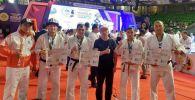 Өзбекстанда өткөн самбо боюнча мелдеште Ички иштер министрлигинин Шумкар атайын багыттагы полкунун кызматкерлери үч медалга татыды