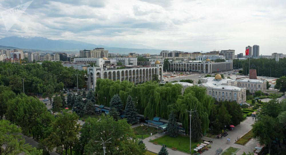 Бишкектеги Ала-Тоо аянты. Архивдик сүрөт