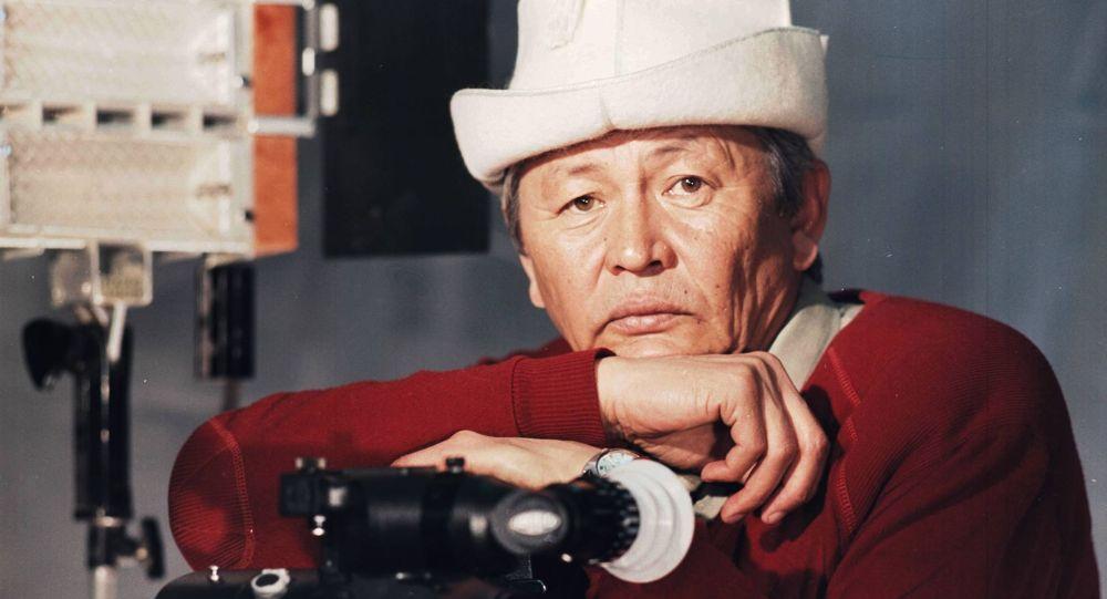 Быйыл белгилүү кинорежиссер, оператор Кадыржан Кыдыралиев. Архив
