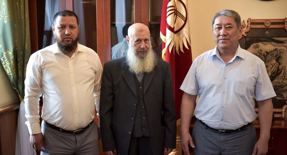 И.о. мэра столицы Бактыбек Кудайбергенов встретился с председателем комитета мусульман Средней Азии шейхом Мухаммад Сухейл аль Шамарий