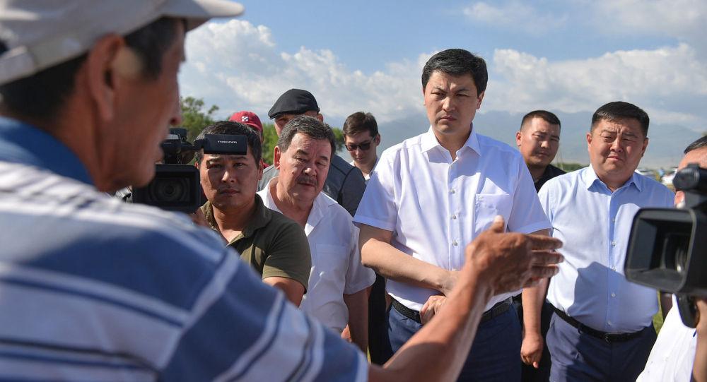 Председатель кабинета министров Кыргызстана Улукбек Марипов в ходе рабочей поездки в Чуйскую область ознакомился с состоянием западного Большого Чуйского канала в Панфиловском районе