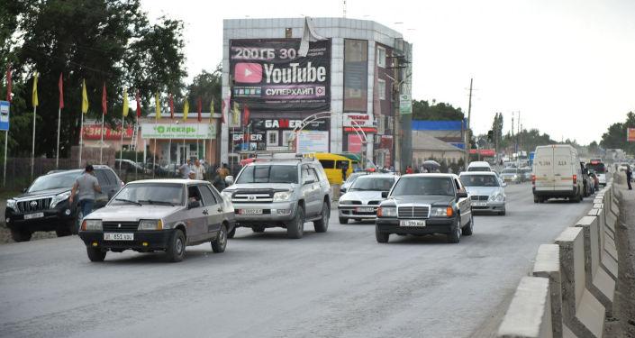 Председатель кабинета министров  Улукбек Марипов проинспектировал ход реконструкции автодороги Бишкек - Кара-Балта.
