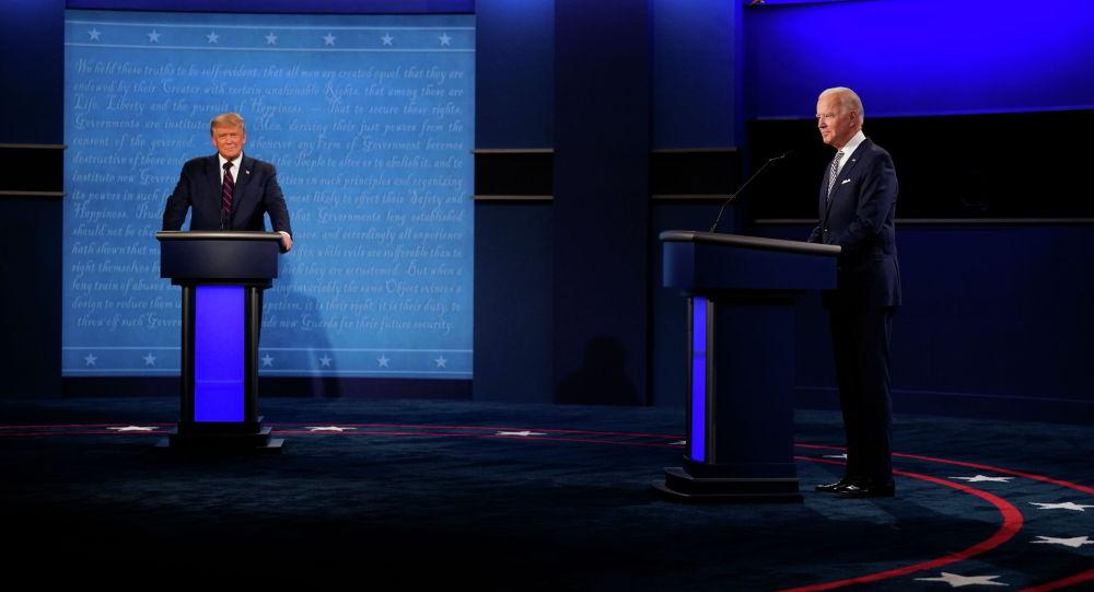 АКШнын азыркы лидери Жо Байден менен мурунку президент Дональд Трамп. Архив