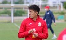 Нападающий сборной Кыргызстана Абай Боколеев. Архивное фото