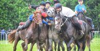 Команды во время международного турнира по кок-бору в России на кубок Чингиза Айтматова