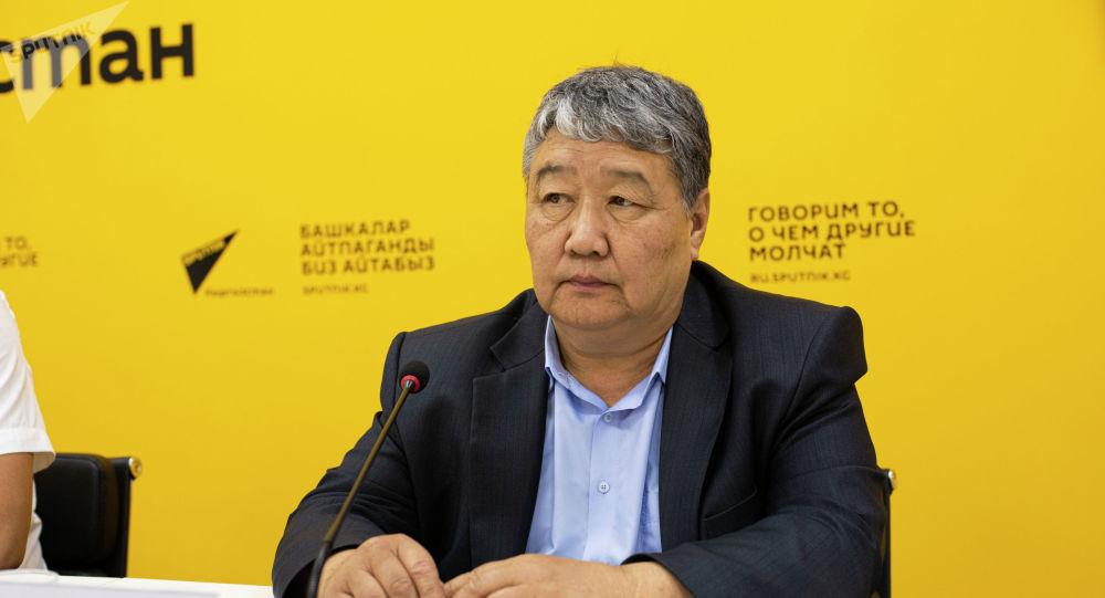 Начальник управления водных ресурсов министерства сельского, водного хозяйства и развития регионов КР Акылбек Сулайманов