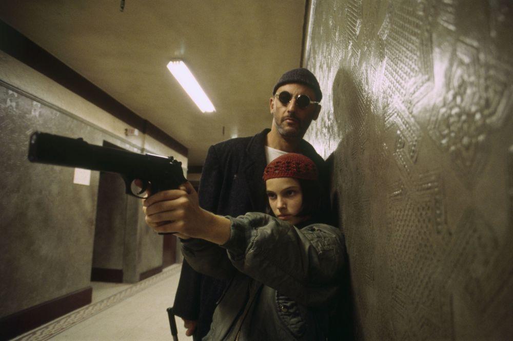 Дебют Портман в кино состоялся в возрасте 11 лет. Тогда ее заметили рекламные агенты и предложили принять участие в кастинге к съемкам фильма Леон, в результате которого Натали получила роль Матильды. Боевик Люка Бессона вышел на большие экраны в 1994 году.