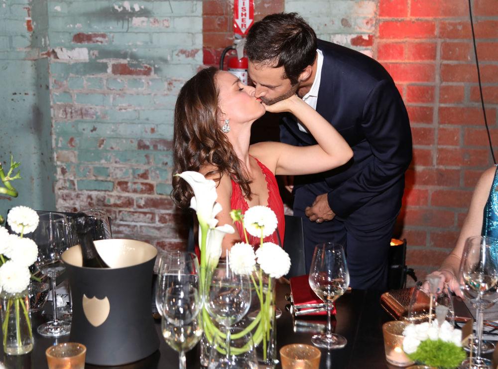 Натали Портман с супругом Бенджамином Мильпье на гала-концерте LA Dance Project в Лос-Анджелесе