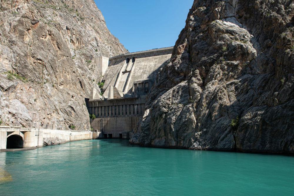 Токтогульское водохранилище в Джалал-Абадской области