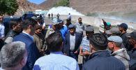 Председатель Кабинета Министров Кыргызстана Улукбек Марипов ознакомился с состоянием Орто-Токойского водохранилища