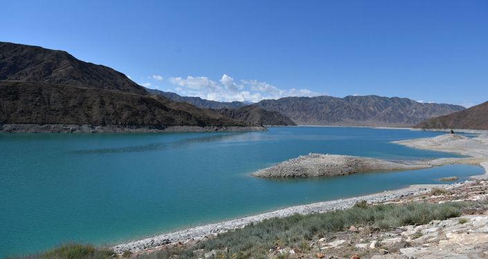 Орто-Токойское водохранилище в Чуйской области