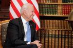 Президент США Джо Байден во время встречи с президентом РФ Владимиром Путиным на вилле Ла Гранж в Женеве. Архивное фото