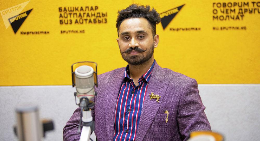 Член оргкомитета фестиваля единоборств Жемчужина Кыргызстана Нитин Миина во время беседы на радио Sputnik Кыргызстан