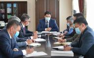 Председатель кабинета министров Кыргызстана Улукбек Марипов провел рабочее совещание с участием заместителей председателя и заместителей руководителя администрации президента