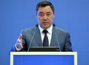 Кыргызстандын президенти Садыр Жапаров ишкерлер менен болгон жолугушуу учурунда