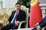 Кыргызстандын президенти Садыр Жапаров Тажикстан башчысы менен Душанбеде жолугуп эки өлкөнүн чек ара маселесин көтөрдү.