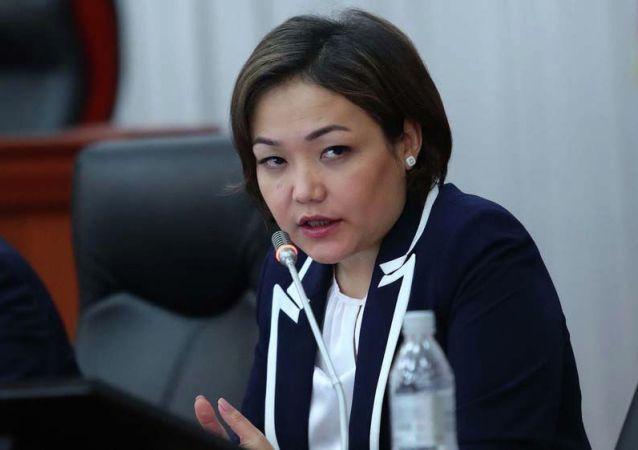 Вице-спикер Аида Касымалиева. Архив